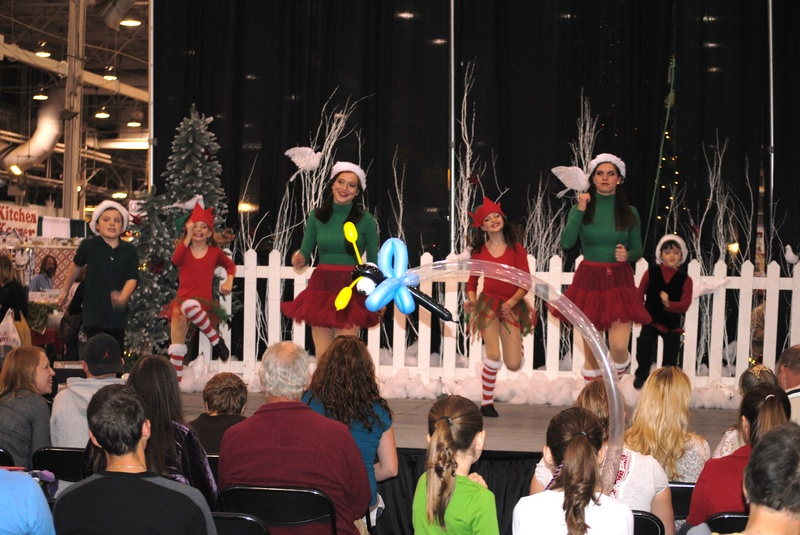 Gold Steppers at Christmas Gift and Hobby Show